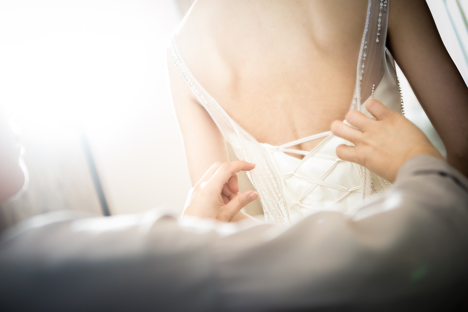Tips for Knowing What to Wear Under Your Wedding Dress