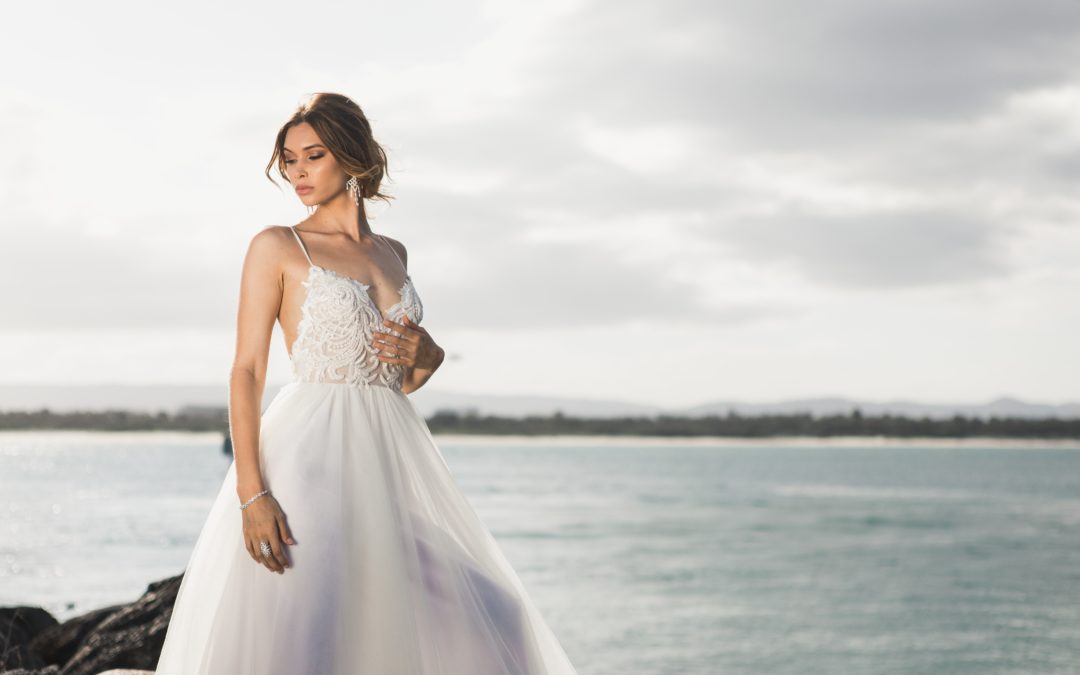 Popular 2019 Wedding Dress Trends